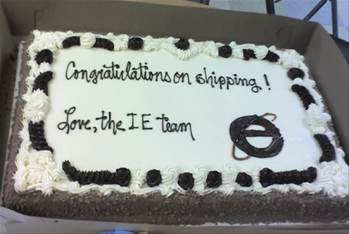 The cake from the IE team to the Mozilla team